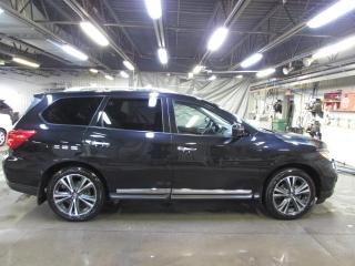 Used 2019 Nissan Pathfinder PLATINUM AWD GPS*TOIT*DVD for sale in Lévis, QC