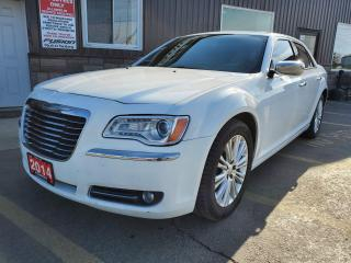 Used 2014 Chrysler 300 300C-5.7L V8 HEMI-AWD-LEATHER-PAN ROOF-NAVIGATION for sale in Tilbury, ON