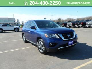 Used 2017 Nissan Pathfinder SL for sale in Brandon, MB