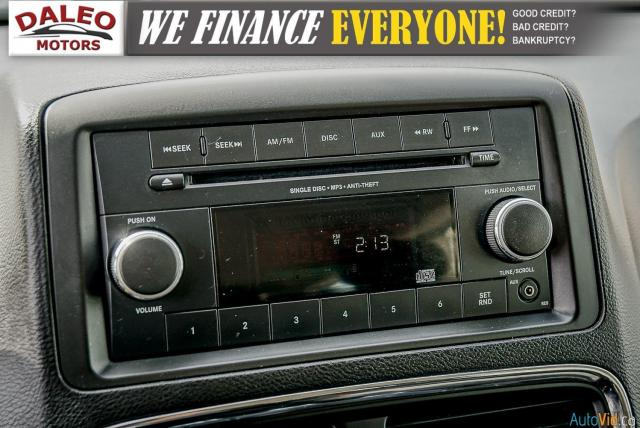 2014 Dodge Grand Caravan SE / 7 PASSENGER / WOOD TRIM / MP3 CAPABILITY / Photo22