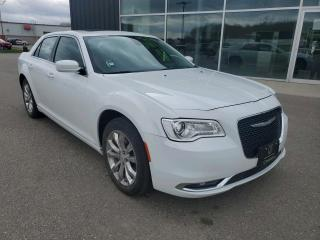 Used 2016 Chrysler 300 Touring NAV, Remote Start, Heated Seats, Pano Sunroof! for sale in Ingersoll, ON