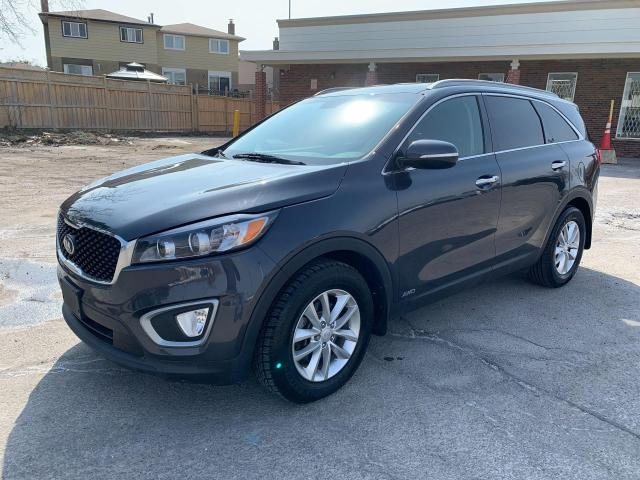 2016 Kia Sorento 3.3L LX+ V6 ALL WHEEL DRIVE AND 7 SEATS