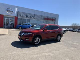 Used 2018 Nissan Rogue SV FWD CVT for sale in Smiths Falls, ON