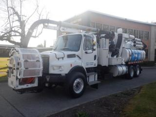 Used 2006 Freightliner M2106 Vacuum Truck Tanker With Air Brakes Diesel for sale in Burnaby, BC
