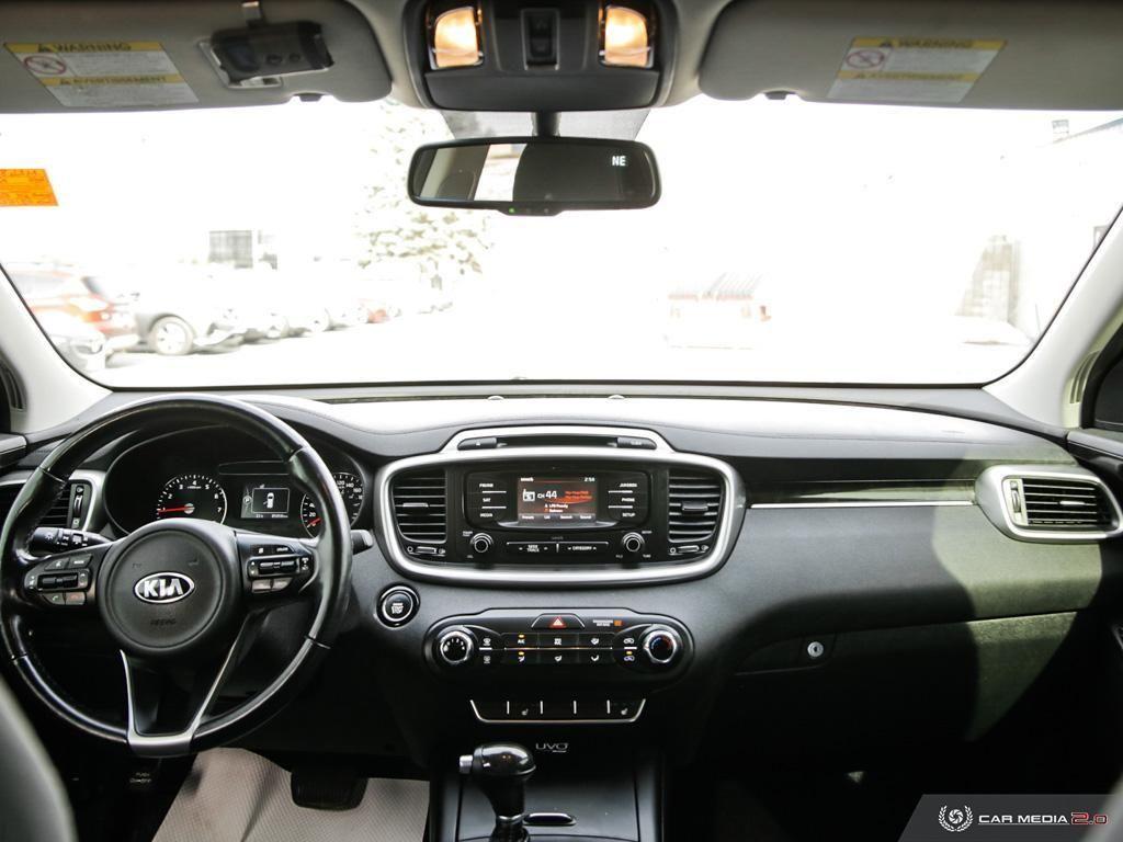 2016 Kia Sorento 2.0L Turbo LX+