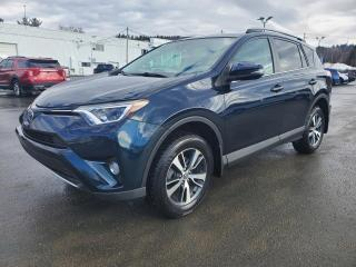 Used 2017 Toyota RAV4 XLE, TOIT, HAYON ELECT, CAM for sale in Vallée-Jonction, QC