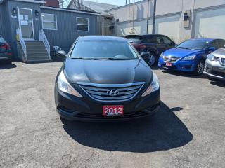 Used 2012 Hyundai Sonata GL for sale in Waterloo, ON