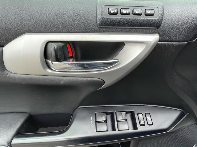 2011 Lexus CT 200h TECH PKG HYBRID NAVIGATION/REAR VIEW CAMERA Photo13