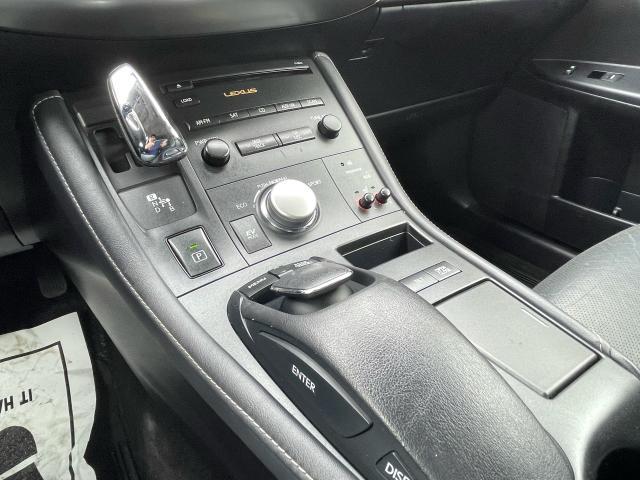 2011 Lexus CT 200h TECH PKG HYBRID NAVIGATION/REAR VIEW CAMERA Photo16