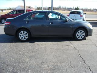Used 2010 Toyota Camry LE for sale in Fonthill, ON