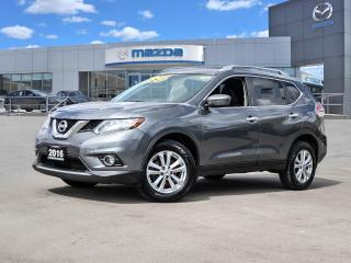 Used 2016 Nissan Rogue SV AWD for sale in Hamilton, ON