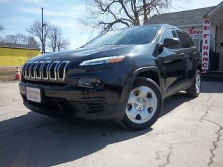 Used 2016 Jeep Cherokee Sport for sale in Oshawa, ON