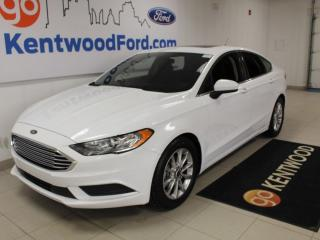 Used 2017 Ford Fusion SE | FWD | Moonroof | Clean Carproof | Reverse Camera for sale in Edmonton, AB