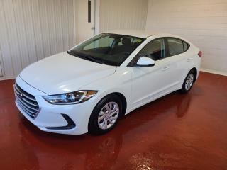 Used 2017 Hyundai Elantra LE for sale in Pembroke, ON