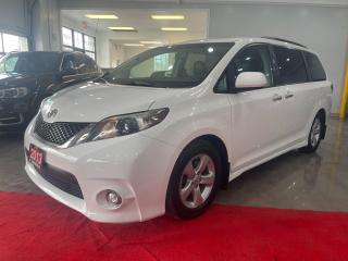 Used 2013 Toyota Sienna SE for sale in Richmond Hill, ON