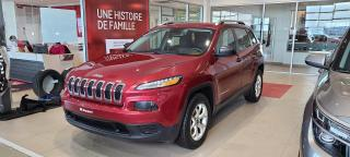 Used 2016 Jeep Cherokee 4 RM, 4 portes, Sport for sale in Beauport, QC