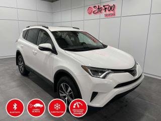 Used 2018 Toyota RAV4 LE - FWD - SIÈGES CHAUFFANTS for sale in Québec, QC