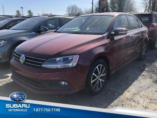Used 2016 Volkswagen Jetta 2,0 TSI for sale in Victoriaville, QC