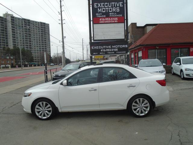 2010 Kia Forte SX/ LEATHER / ROOF /ALLOYS / NO ACCIDENT / MINT