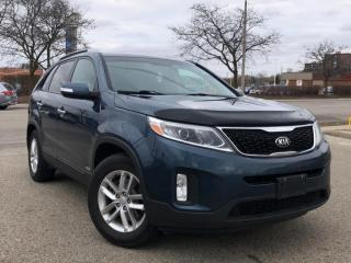 Used 2015 Kia Sorento AWD 4dr I4 GDI Auto LX for sale in Waterloo, ON