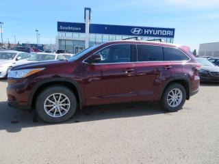 Used 2015 Toyota Highlander XLE/LEATHER/8PASS/AWD/NAVI/ROOF for sale in Edmonton, AB