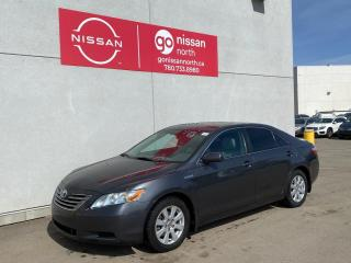 Used 2008 Toyota Camry HYBRID Hybird / Leather / Roof / Loaded for sale in Edmonton, AB