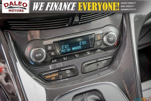 2015 Ford Escape TITANIUM / BACK UP CAM / LEATHER / NAVI / PANOROOF Photo22