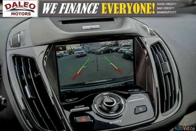 2015 Ford Escape TITANIUM / BACK UP CAM / LEATHER / NAVI / PANOROOF Photo24