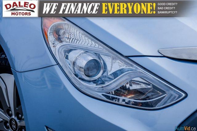 2013 Hyundai Sonata LIMITED / HYBRID/ HEATED SEATS / PANO ROOF / Photo2