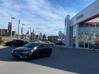 Used 2016 Chrysler 200 4dr Sdn C FWD for sale in Pickering, ON
