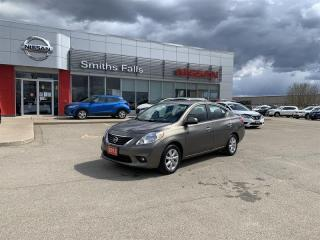 Used 2013 Nissan Versa Sedan 1.6 SL CVT for sale in Smiths Falls, ON