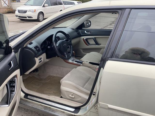 2005 Subaru Outback 3.0R Photo7