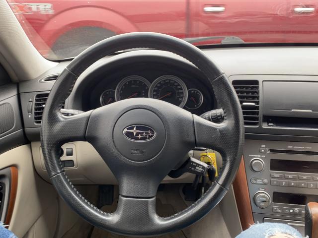 2005 Subaru Outback 3.0R Photo8