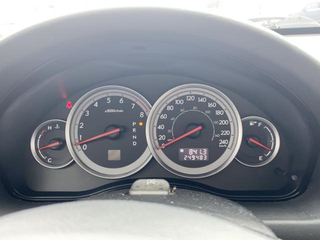 2005 Subaru Outback 3.0R Photo9