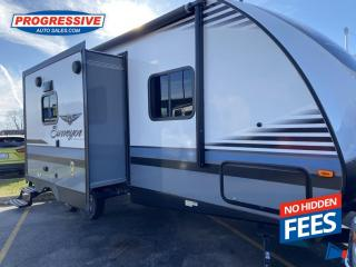 Used 2018 Forest River Surveyor 226RBDS DOUBLE WIDE SLIDE! ULTRA LIGHT WEIGHT for sale in Sarnia, ON