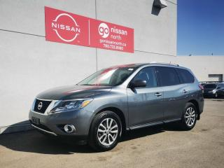 Used 2016 Nissan Pathfinder SV / AWD / SMART KEY / TOUCH SCREEN for sale in Edmonton, AB