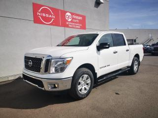 Used 2018 Nissan Titan SV / 4x4 / Crew Cab / Back Up Camera / Bluetooth / Certified Pre-Owned for sale in Edmonton, AB