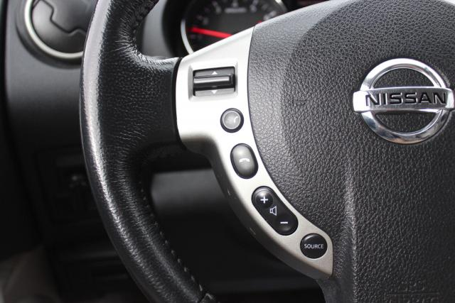 2013 Nissan Rogue S Photo15