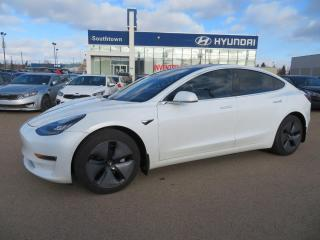 Used 2019 Tesla Model 3 MODEL 3/NAV/GLASS ROOF/LEATHER for sale in Edmonton, AB