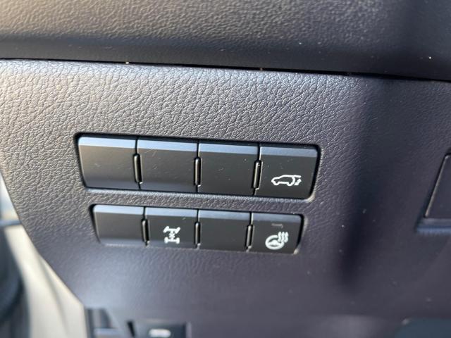 2017 Lexus NX 200t F-Sport AWD Leather/Sunroof/Rear Camera/39k! Photo12