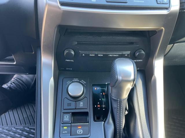 2017 Lexus NX 200t F-Sport AWD Leather/Sunroof/Rear Camera/39k! Photo16