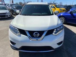 Used 2014 Nissan Rogue SV for sale in Gloucester, ON