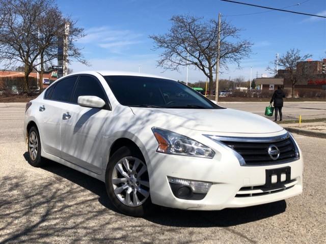 2015 Nissan Altima 4dr Sdn I4 CVT 2.5