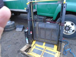 Used 2011 Chevrolet Express Commercial WHELCHAIR RAMP for sale in Mississauga, ON