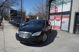 Used 2013 Chrysler 200 TOURING,NAV,TOIT for sale in Laval, QC