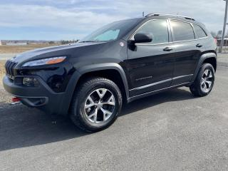 Used 2016 Jeep Cherokee TRAILHAWK 4X4 V6 for sale in Victoriaville, QC
