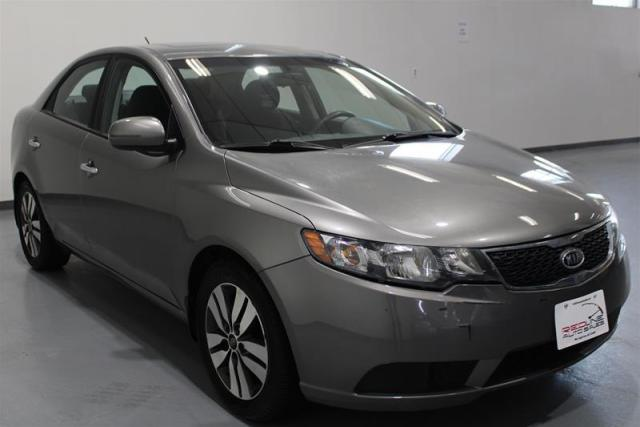2013 Kia Forte WE APPROVE ALL CREDIT