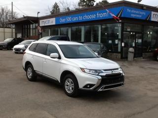 Used 2020 Mitsubishi Outlander ES 7 PASS, HEATED SEATS, BACKUP CAM, BLUETOOTH!! for sale in North Bay, ON