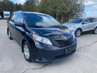 Used 2017 Toyota Sienna BACKUP CAMERA for sale in Waterloo, ON