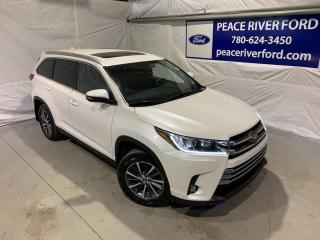 Used 2019 Toyota Highlander XLE for sale in Peace River, AB